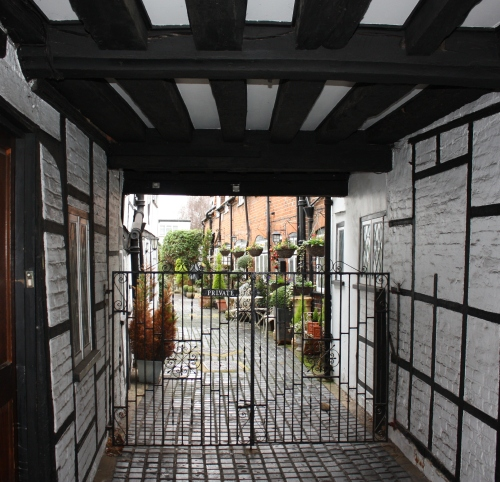 Private alleyway in Eton