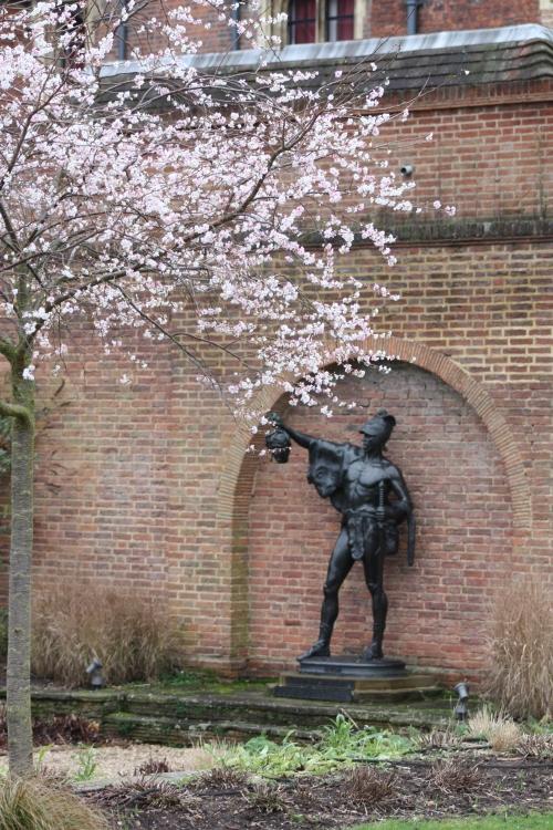 Statue at Eton College