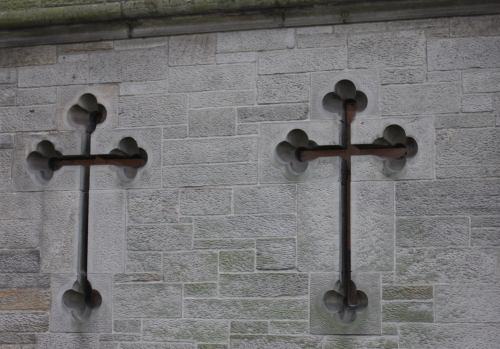 Crosses at Holyrood Palace