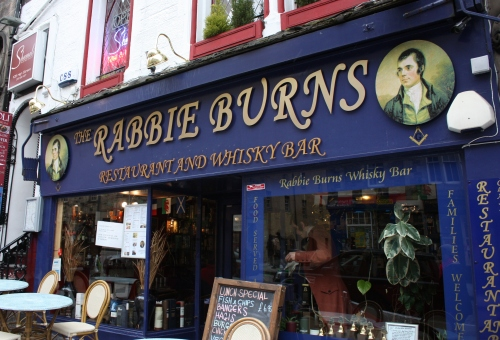 Rabbie Burns Bar along the Royal Mile Edinburgh