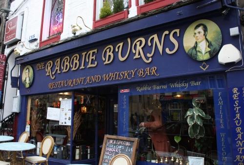 Rabbie Burns Bar along the Royal Mile Edinburgh