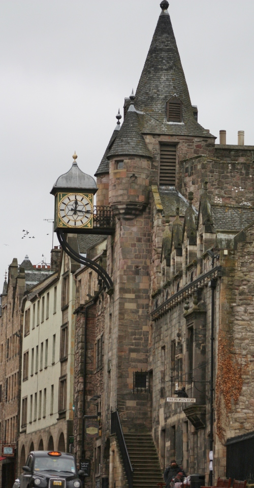 Clock along the Royal Mile in Edinburgh