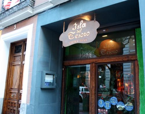 Isla del Tesoro, Vegetarian Restaurant