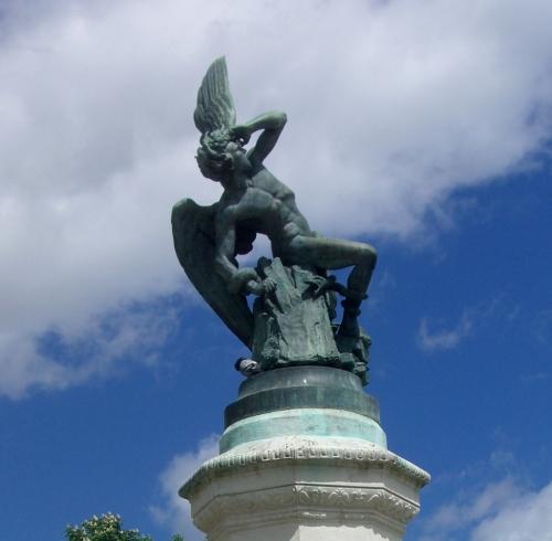 El Ángel Caído (Fallen Angel), Parque del Buen Retiro, Madrid