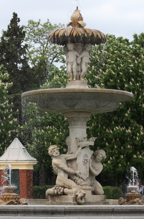 Fountain in Parque del Buen Retiro, Madrid