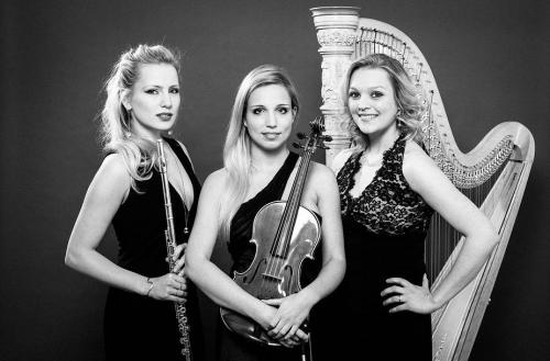 La Mer Trio (Maja Wegrzynowska (Viola), Renate Sokolovska (Flute) and Hannah Stone (Harp)  Photographer: Grzegorz Golebiowski.