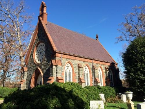 Side view of the Oak Hill Chapel